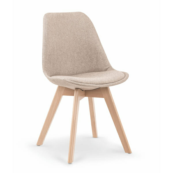 Бежов трапезен стол в скандинавски стил