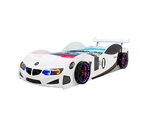 Детско легло във формата на кола