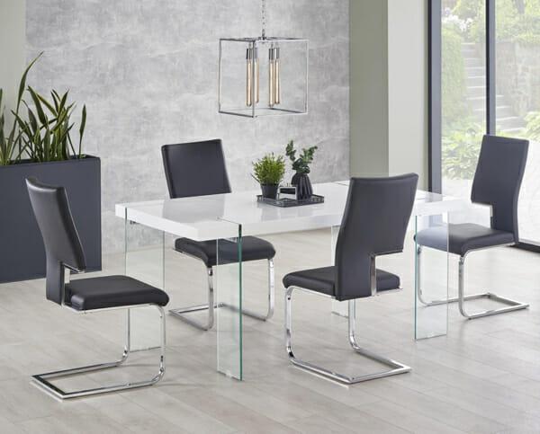 Модерна бяла маса със стъклени крака Уайт