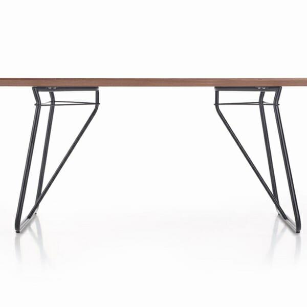 Трапезна маса в индустриален стил Хюи-дизайн на краката