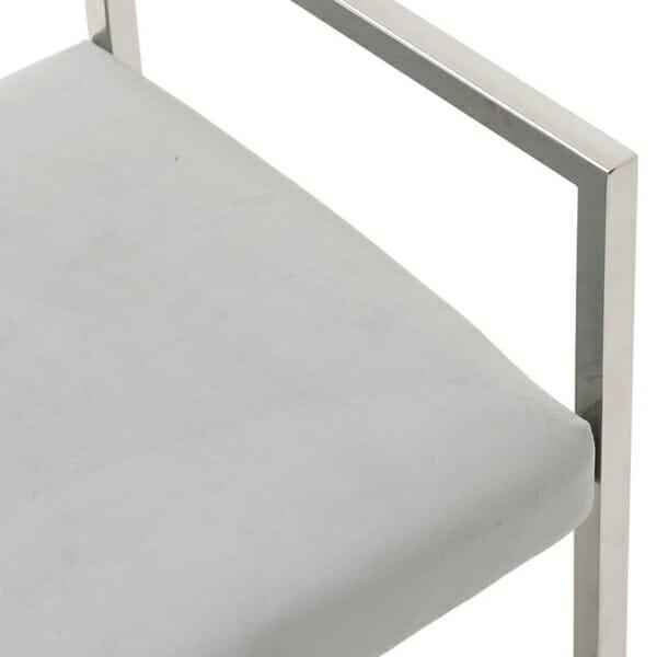 Модерна пейка от стомана и кадифе - отблизо