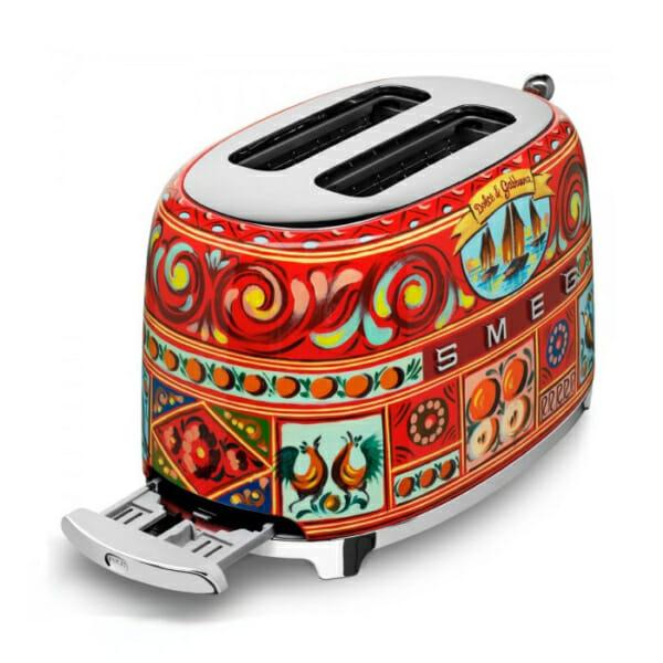 Тостер с ретро дизайн SMEG Dolce & Gabbana-снимка отгоре
