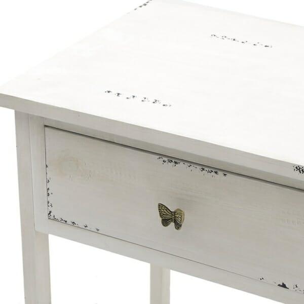 Бяла конзола с чекмеджета и рафт за обувки - отблизо