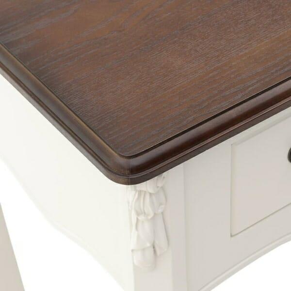 Дървена конзола с 3 чекмеджета серия Classic - отблизо