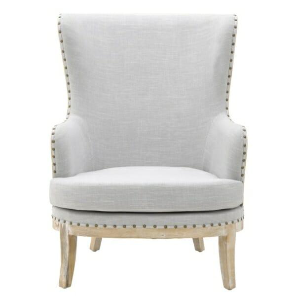 Масивно дървено кресло с висока облегалка - отпред