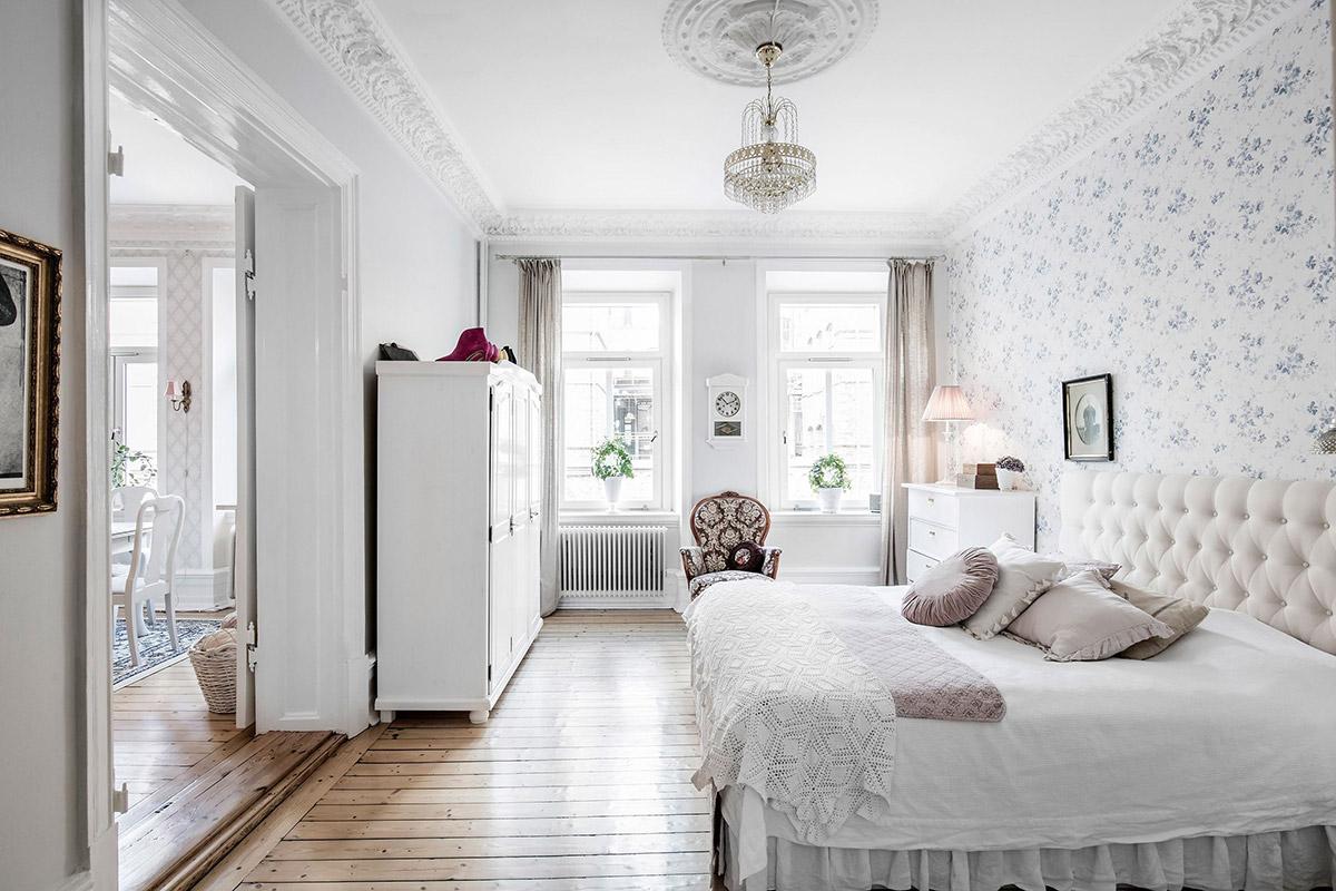 Светла и слънчева спалня