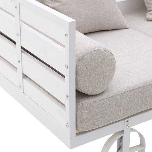 Триместен диван с оригинален дизайн в бяло - страница
