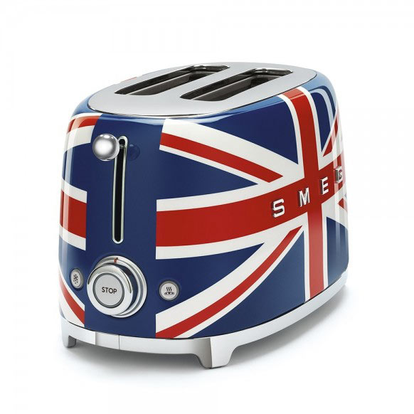 Тостер с английското знаме SMEG-копчета