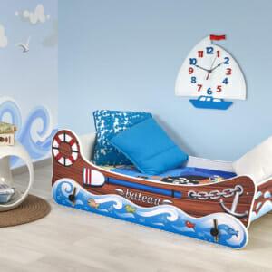 Детско легло лодка с функция люлеене