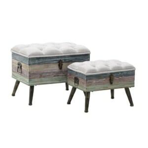 Комплект дървени табуретки в пастелни цветове