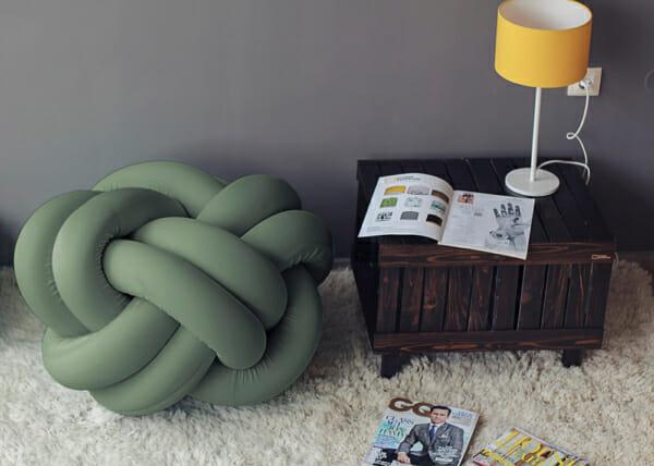 Дизайнерска пуф табуретка-зелена