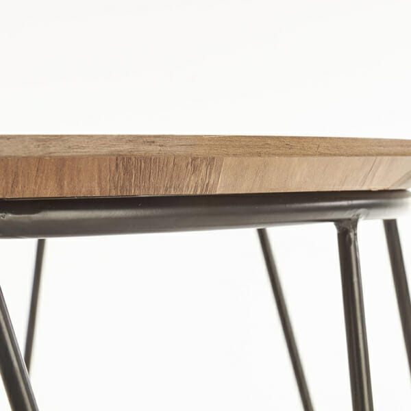 Кръгла холна маса с дървен плот и метална основа