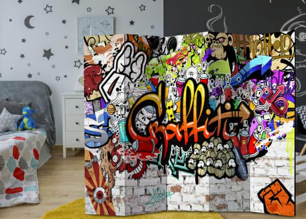 Двустранен декоративен параван с графити - петкрилен