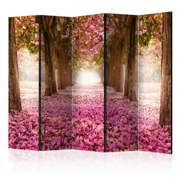Двустранен параван с път между дървета и розови цветчета - 5 крила