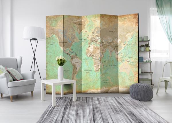 Декоративен параван с карта на света в тюркоазен цвят, в хола