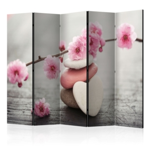 Петкрилен параван за стая с розови цветя