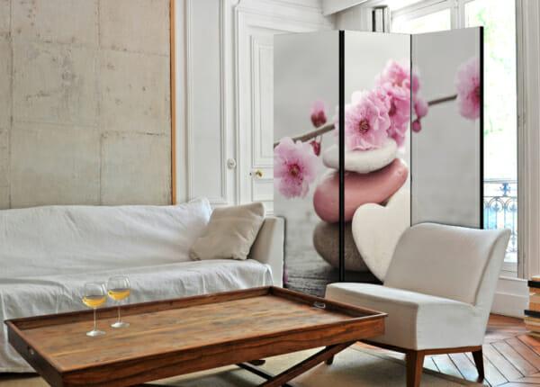 Двустранен параван за стая с розови цветя