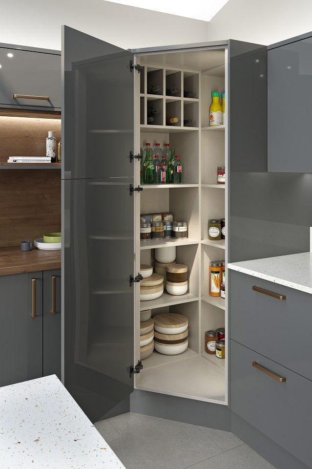 Скрити шкафове в ъглова кухня