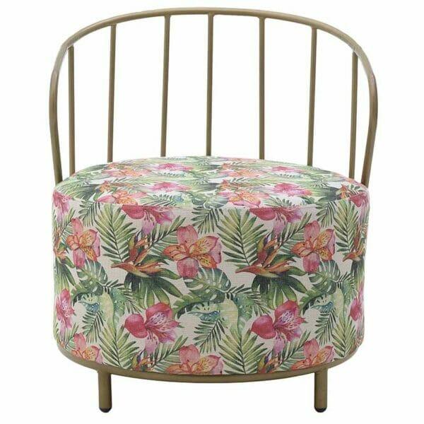Овално кресло в златно с пуф седалка с тропически десен-снимка отпред