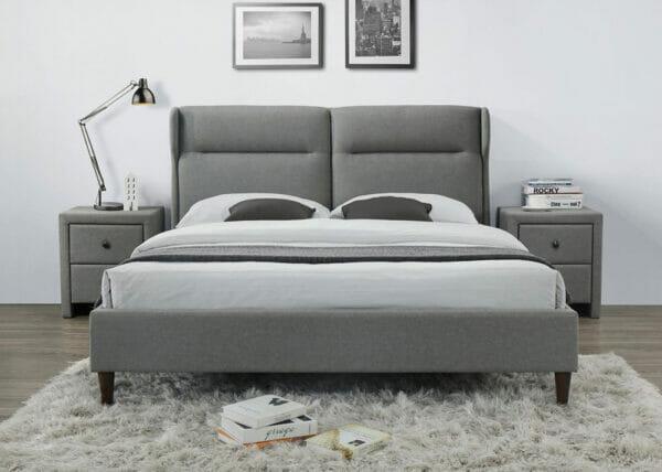 Сиво легло с тапицерия на крачета-снимка отпред