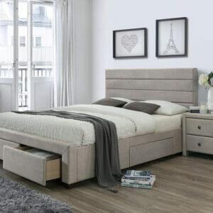 Тапицирано легло в бежов цвят с три чекмеджета
