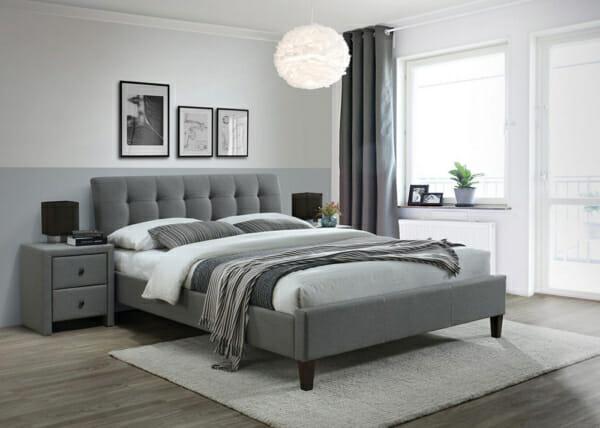 Тапицирано легло в сив цвят на крачета