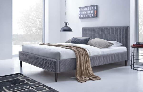 Тапицирано сиво легло на крачета