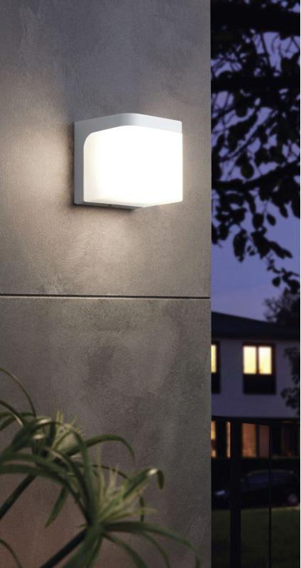 Фасаден LED аплик с форма на куб серия Jorba - светнат