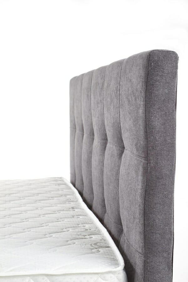 Тапицирано легло с мека табла