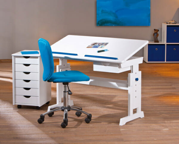 Бяло детско бюро с повдигащ механизъм и подвижен плот