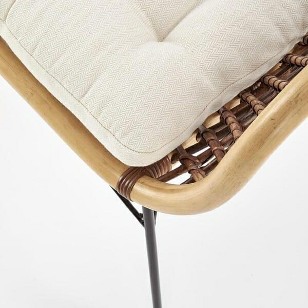 Красив стол от ратан с седалка и подлакътници - детайл