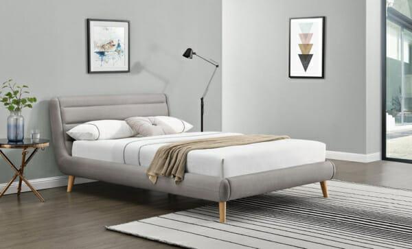 Модерно тапицирано легло на крачета-светлосив цвят