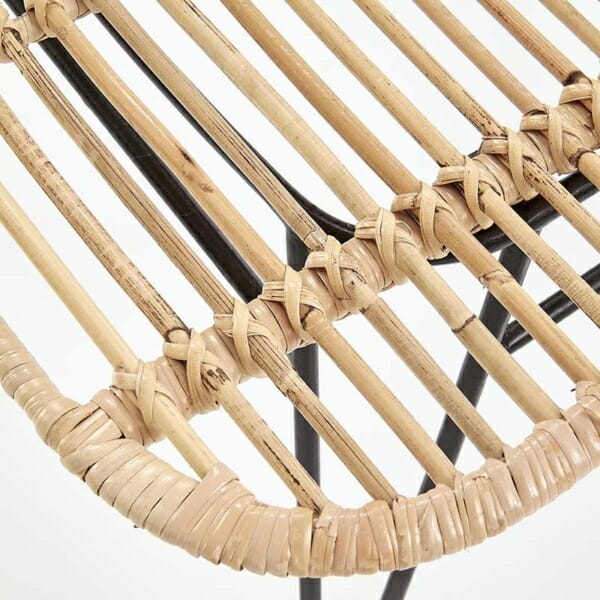 Плетен ратанов стол с метални крака - седалка