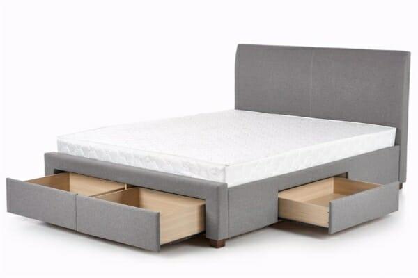 Сиво тапицирано легло с 4 чекмеджета
