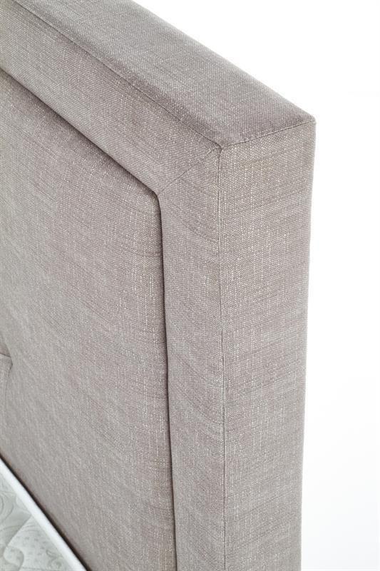 Тапицирано легло в бежово-сив цвят - табла