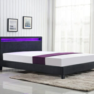 Тъмносиво легло на крачета с LED осветление