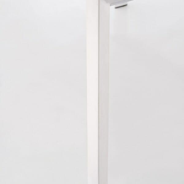 Бяла разтегателна маса с класическа конструкция (2 варианта) - крак