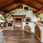 Голямо ъглово барбекю с пещ и голям покрив