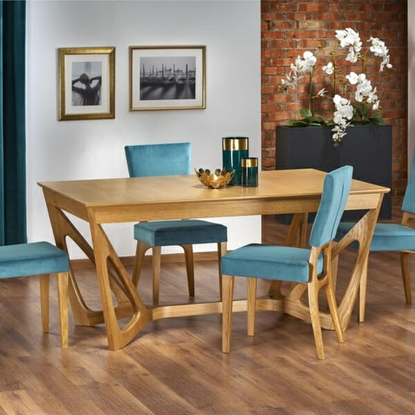 Луксозна дървена маса с уникална основа - интериорна