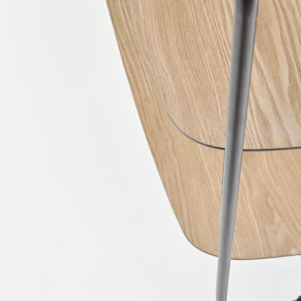 Модерна етажерка от метал и дърво серия Genua-детайл рафт