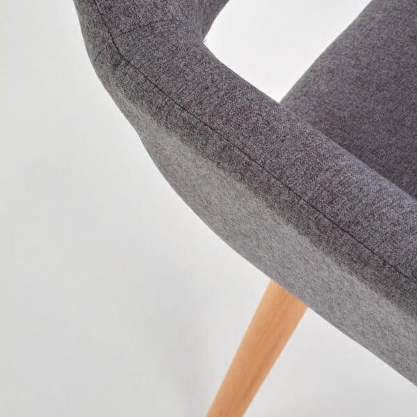 Тапициран стол с подлакътници и дървена основа (3 цвята)-сив детайл