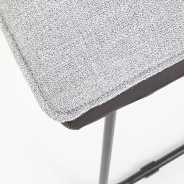 Трапезен стол от еко кожа и текстил с метални крака - седалка