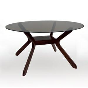Трапезна маса с опушен стъклен плот и елипсовидна форма