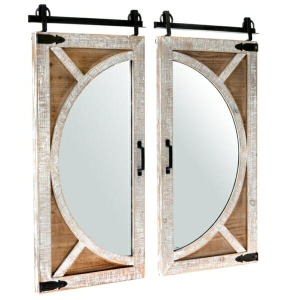 Огледало с дървена рамка и обков като вратички на прозорец