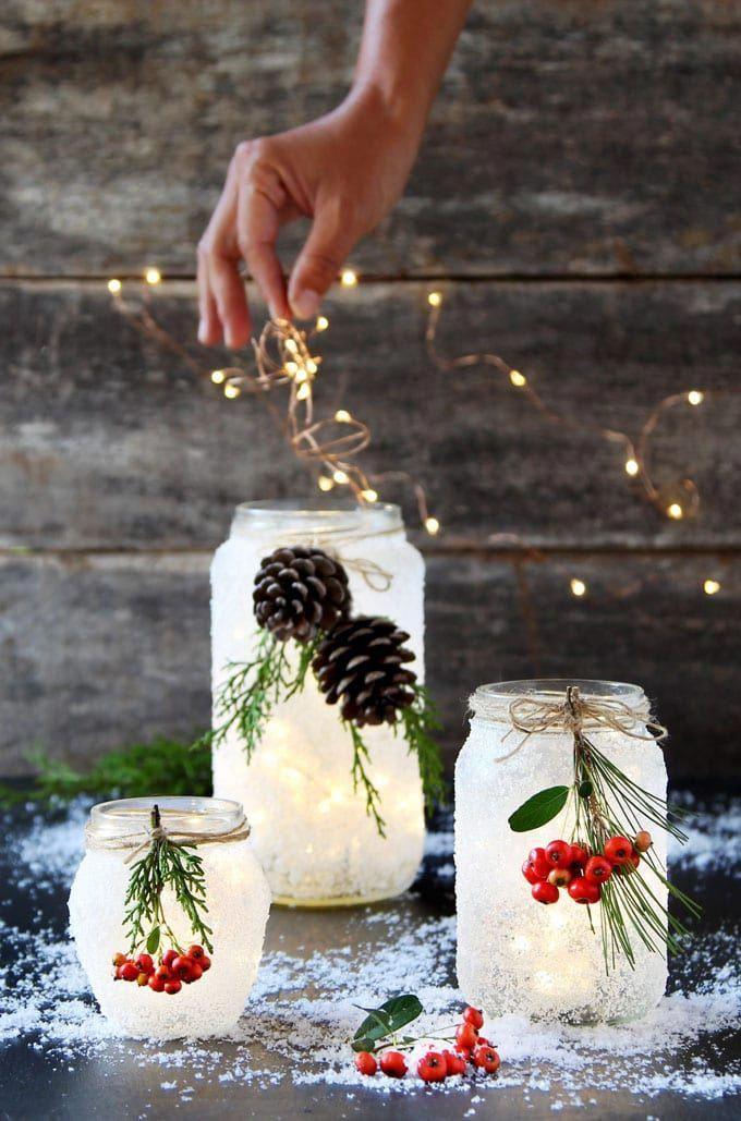 Коледна декорация с лампички