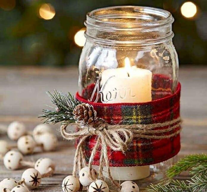 Направи си сам празнична декорация: Коледно настроение в бурканче