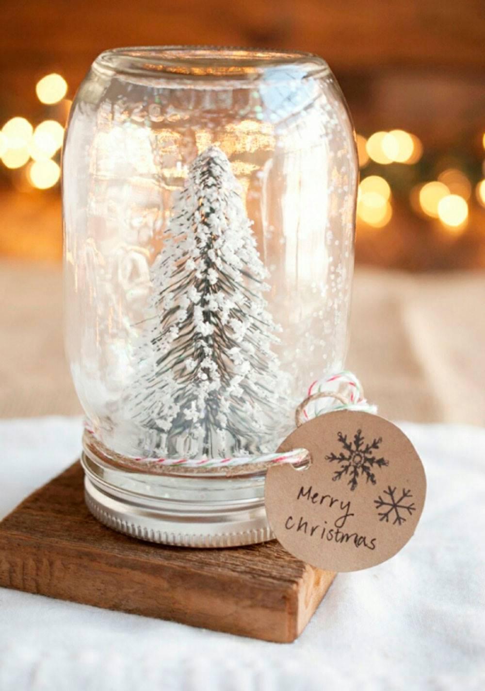 Коледна елхичка в бурканче