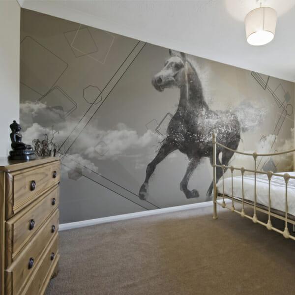 Голям фототапет с абстрактна визия и бягащ кон