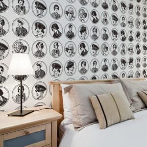 Фототапет за цяла стена с детски ретро портрети