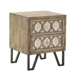 Дървено нощно шкафче в светли тонове с класически мотиви